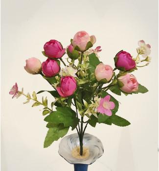Розочки в бутонах с пластиковыми цветочками, букет 10 головок